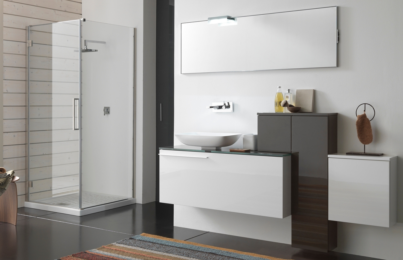 Arredo bagni moderni arredamento bagno moderno immagini for Immagini di arredo bagno